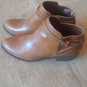 Brand new, American Eagle tan short boots